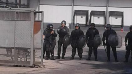 Cresta Roja: la Policía mantiene incomunicados a obreros y vecinos detenidos en la represión