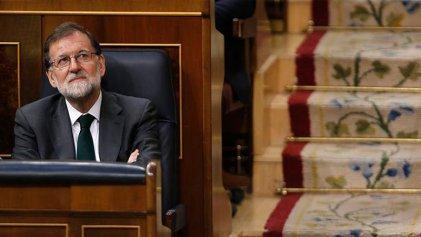 """¿Rajoy se fue, lo echó el PSOE, """"la gente"""" o qué diablos?"""