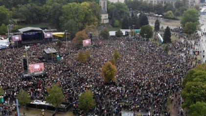 65.000 personas en un concierto contra neonazis alemanes
