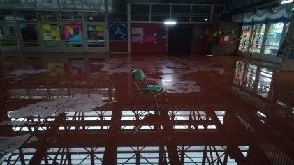 Larreta es responsable: escuela de Bajo Flores se inundó con la lluvia