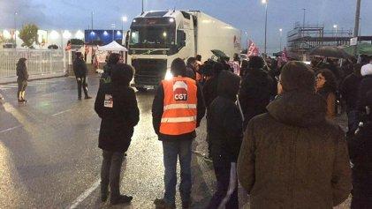 Viernes negro para Amazon: trabajadores en huelga en varios países de Europa