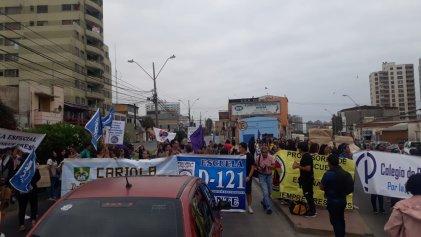 Con paro efectivo y corte de calle trabajadoras se manifiestan en el día de la mujer en Antofagasta