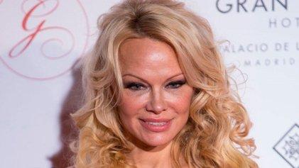 Pamela Anderson y otras celebridades pidieron por la libertad de Assange