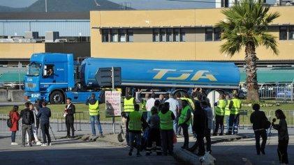 El Gobierno de Portugal moviliza a los militares para romper la huelga de transportistas