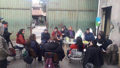 Solidaridad obrera: trabajadores de Kraft y Stani realizan donación a la lucha de Mielcitas