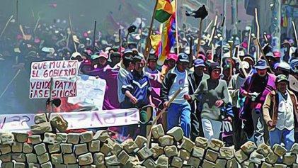 "Bolivia: retrospectiva sobre un ""ensayo revolucionario"""