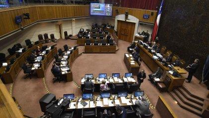 Senadores chilenos quieren evitar la rebaja de sus dietas millonarias