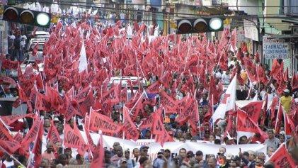 Trabajadores de la construcción y del Canal marchan en Panamá contra el desempleo