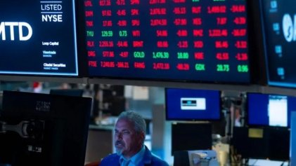 Se desploman las bolsas, suspenden Wall Street y el riesgo país superó los 3.100 puntos