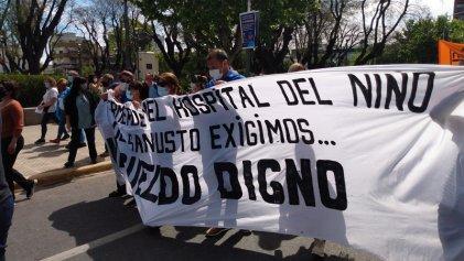 Municipales de La Matanza: patota del sindicato los golpea, con la policía de Espinoza custodiándolos