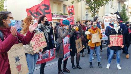 Huelga de estudiantes y profesores en Francia para exigir la renuncia del ministro de Educación