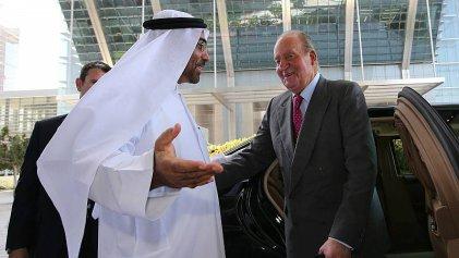 """El rey emérito quiere """"regularizar"""" sus escándalos de corrupción blanqueando 500.000 euros"""