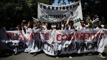 """Residentes y concurrentes: """"Nuestro ejemplo son los trabajadores de la salud de Neuquén"""""""