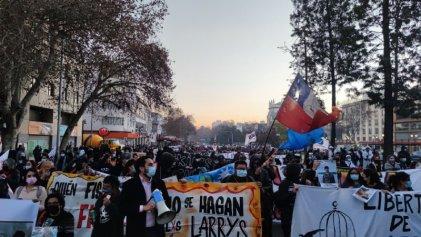 Marcha a La Moneda por la libertad de las y los presos políticos en Chile
