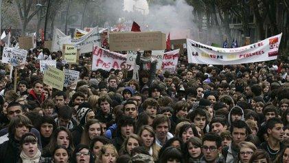 Trabajadores y jóvenes salen a luchar contra la represión