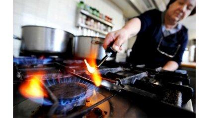 Tarifazo del gas: ¿qué sueldos aumentarán un 1.200 % en los próximos tres años?