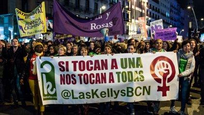 [Video] Pan y Rosas junto a Las Kellys en un histórico 8M