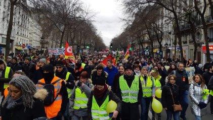 Reforma jubilatoria: miles protestaron en Francia al inicio de una semana decisiva