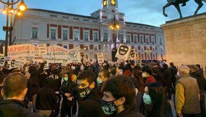 Masivas movilizaciones en el Estado español por la libertad de Pablo Hasél