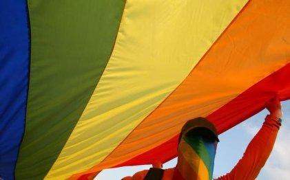 Los matrimonios igualitarios tendrán los mismos derechos de residencia en la UE