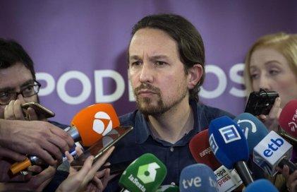 La ola a favor de un referéndum obliga a Pablo Iglesias a meter en agenda la Monarquía