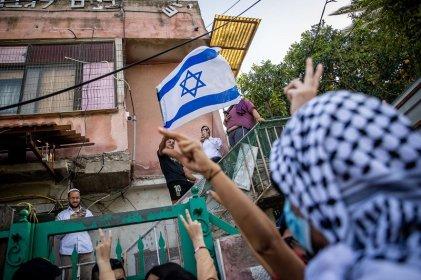 Colonos amparados por la policía israelí atacan el barrio palestino de Jerusalén