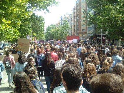 Masiva huelga estudiantil en todo el Estado español y un debate necesario