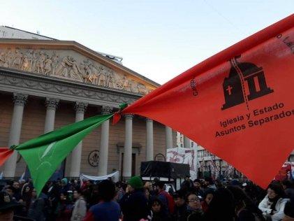 Mendoza: Repudio al fallo de la corte que habilita celebrar misas en las escuelas públicas
