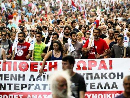 Un viaje internacionalista a la agitada Grecia