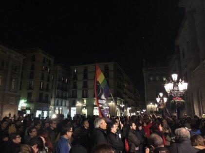 Concentración en Barcelona contra la LGTBIfobia y el bullying