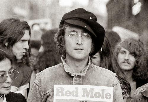 A 37 años del asesinato de John Lennon