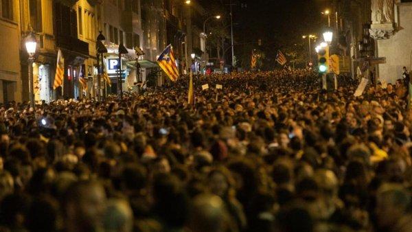 ¿Hacia dónde va el segundo otoño catalán? Por una hoja de ruta de ruptura con el 'procesisme' y el Régimen del 78