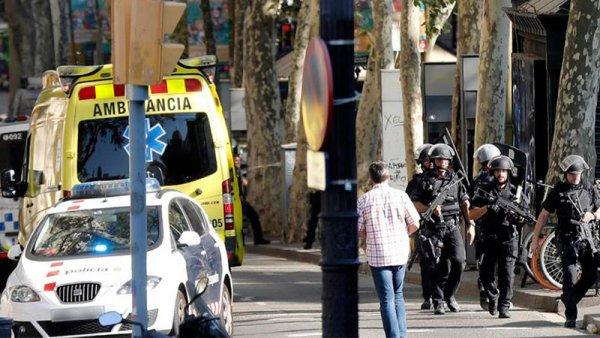 Repudio a brutal atentado en Barcelona: sus guerras, nuestros muertos