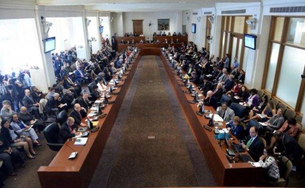 """La reunión de la OEA concluye un acuerdo endeble de """"consenso"""" sobre Venezuela"""