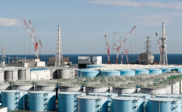 Fukushima: Japón aprueba un plan para arrojar al océano millones de toneladas de agua radioactiva