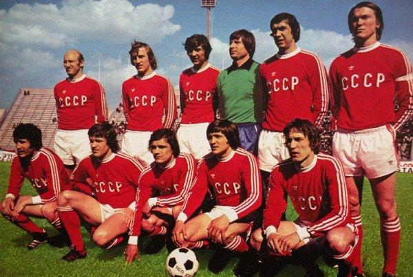 Reflexiones sobre el fútbol en la URSS, el poder y el deporte y el futuro del fútbol-negocio